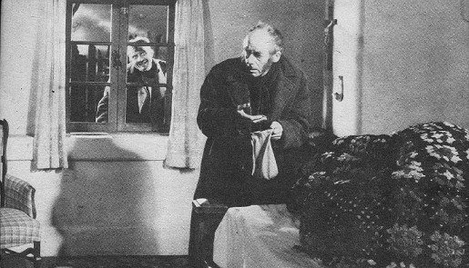 Dwight-Frye-deleted-scene-Bride-of-Frankenstein-1935