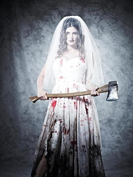 bloody-axe-bride-in-death-do-us-part-movie-images-2014