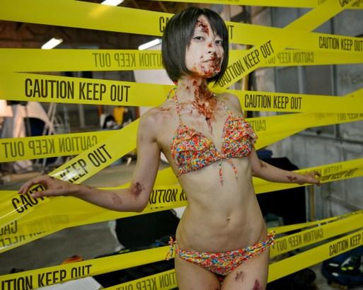 Zombie TV bikini zombie