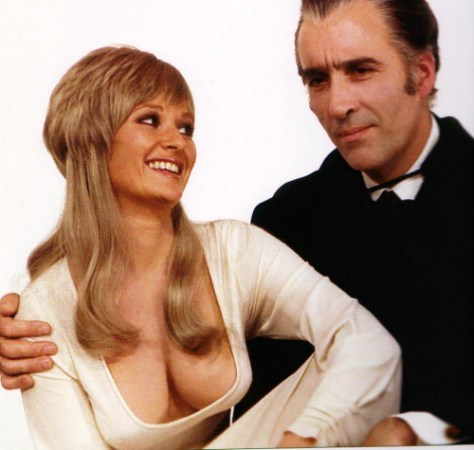Stephanie-Beacham-Christopher-Lee-Dracula-AD-1972