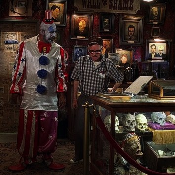 Sid-Haig-House-of-1000-Corpses