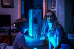 Lights-Out-horror-movie-2016
