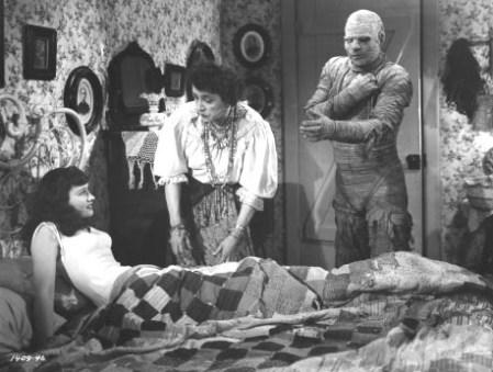 mummys-curse-christine
