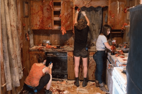 Found-Footage-3D-gory-set