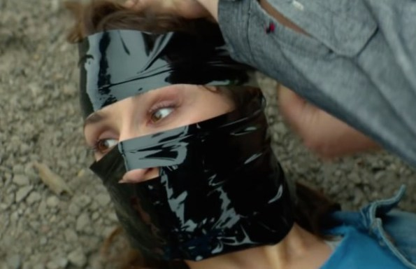 rupture-2016-noomi-rapace-abducted