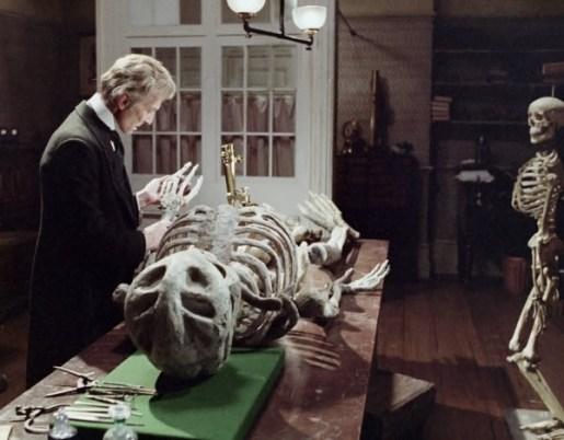 The-Creeping-Flesh-1972-Peter-Cushing-skeletons