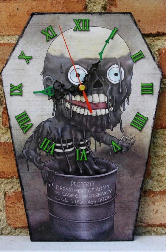 horror-clock-return-of-the-living-dead-tar-zombie