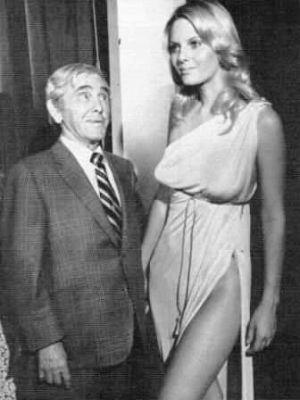 moe-howard-sivi-aberg-doctor-death-1973