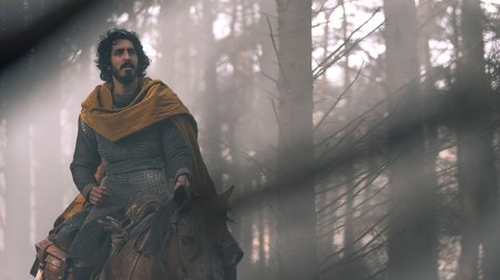 The-Green-Knight-movie-film-2021-Dev-Patel-on-a-horse-review-reviews