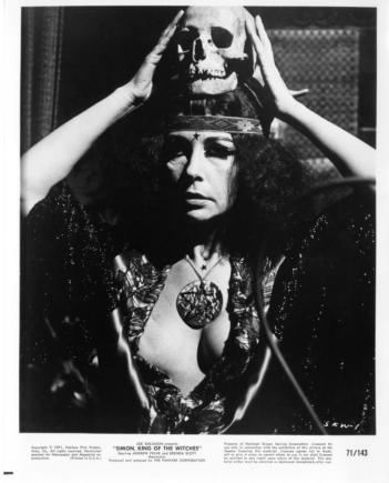 simon-king-of-the-witches-movie-film-1971-ultra-violet-2.jpg