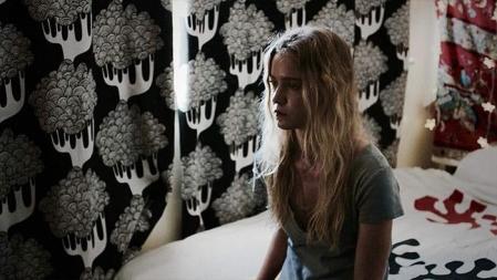 Like-movie-film-2019-review-reviews-noir-psychological-thriller-feminist-Sarah-Rich