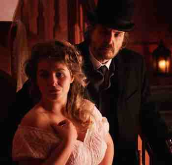 Ripper-Untold-movie-film-horror-mystery-jack-the-Ripper-murders-2021-review-reviews-Shady-Murphy-Jonathan-Hansler