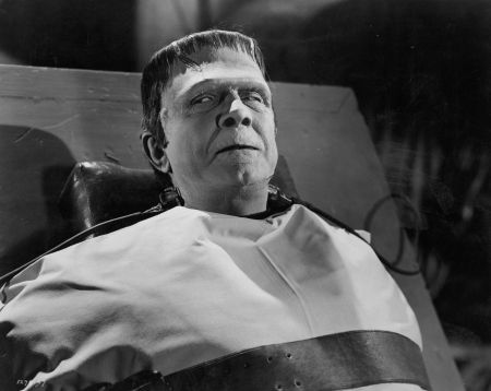 Frankenstein-Meets-the-Wolf-Man-movie-film-horror-Universal-1943-review-reviews-Bela-Lugosi-the-monster