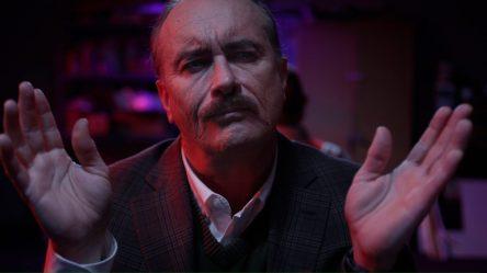 Stream-movie-film-slasher-horror-2021-Jeffrey-Combs