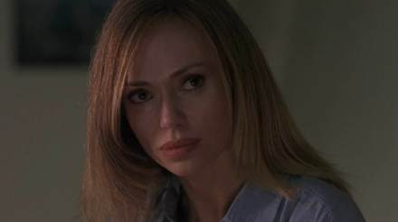 Raging-Sharks-movie-film-sci-fi-action-horror-2005-review-reviews-Vanessa-Angel