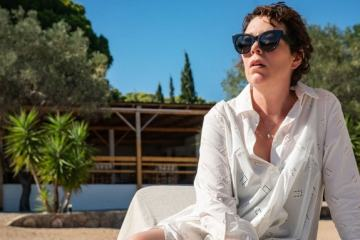Netflix Acquires Rights For Maggie Gyllenhaal's 'The Lost Daughter' In U.K., Germany & Benelux.