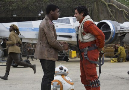 John Boyega & Oscar Isaac in STAR WARS: THE FORCE AWAKENS
