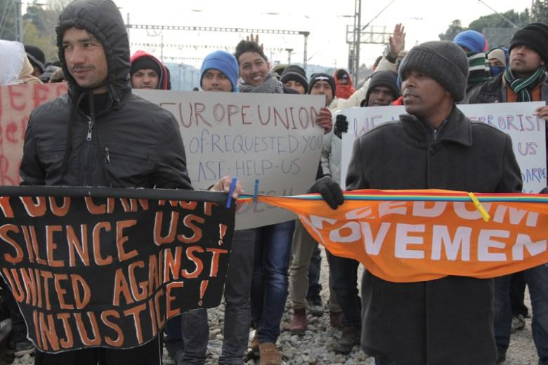 01.12.2015, Idomeni, Gemeinsame Proteste der Geflüchteten, die nicht weiterreisen können © Moving Europe