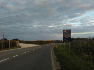 Land road towards Subotica camp