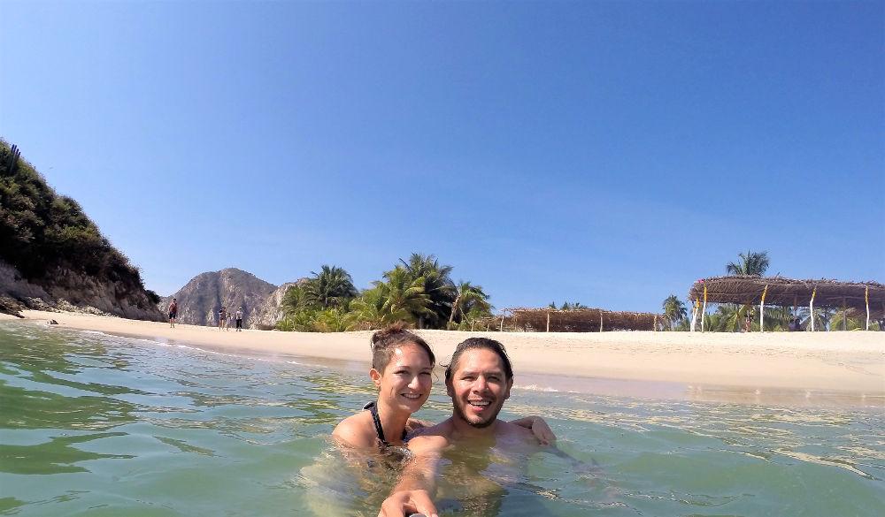 GoPro web - Playa Maruata - Der Hippie Strand Michoácans