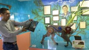 Mueso tallador de suenos - Manuel Jimenez' Sohn Isaias führt dich durch sein kleines Museum zu Ehren seines Vaters, dem Begründer der Alebrijes aus Oaxaca