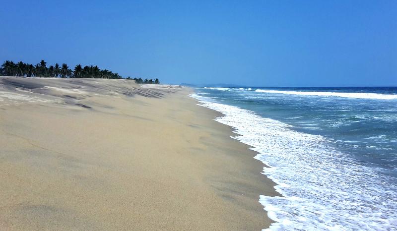 Manialtepec Strand 1 - Zwei Monate Mexiko - Meine Reiseroute