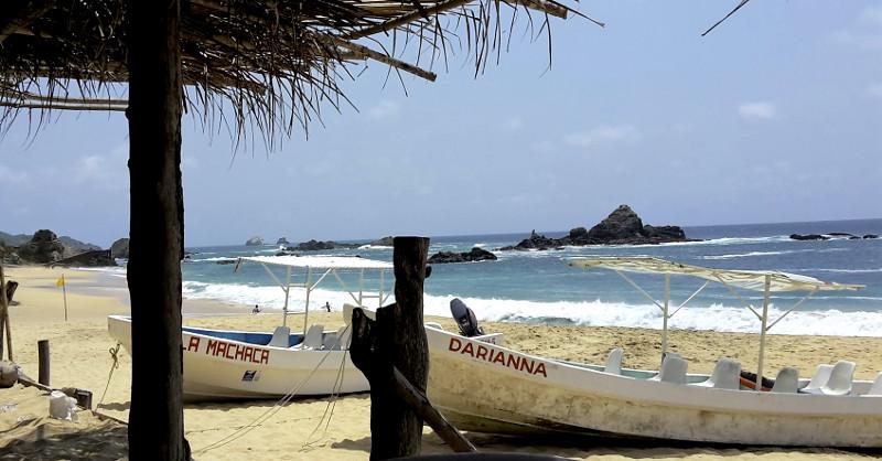 Mazunte Boote - Zwei Monate Mexiko - Backpacking Reiseroute