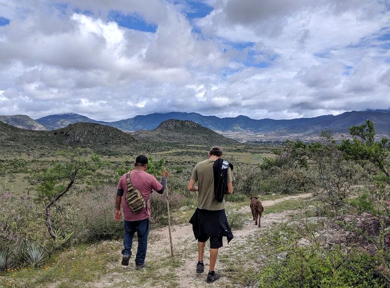 Wanderung Cesar Guide Heidi - Höhlenmalerei in Oaxaca - Zeitreise in die Welt der Nomaden