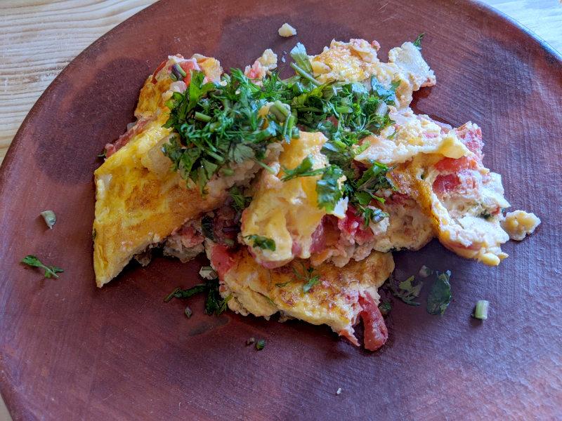 Huevos fertig - Rezept Huevos a la Mexicana – Mexikanisches Rührei