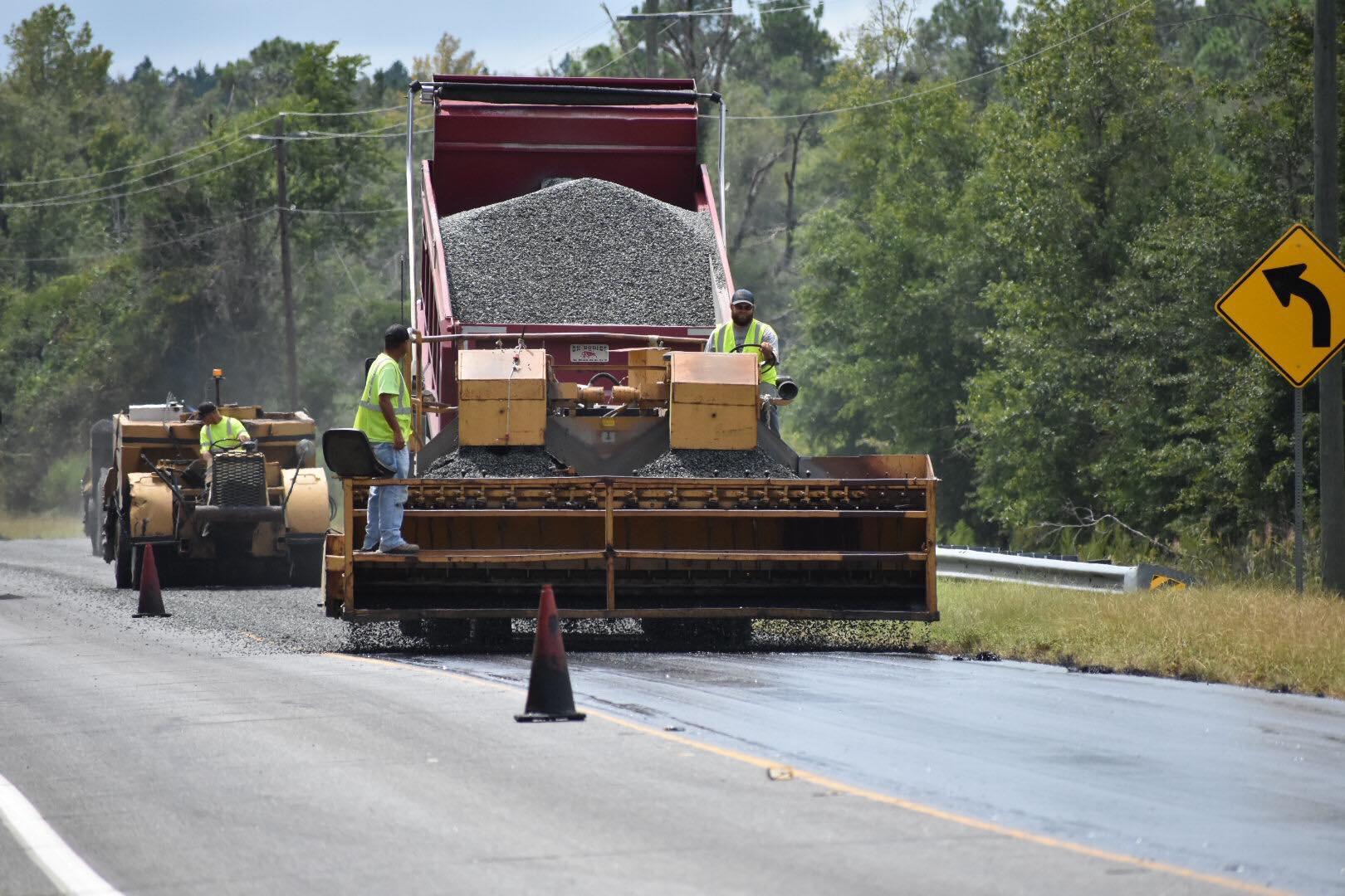 Photo of GDOT work crew resurfacing a roadway
