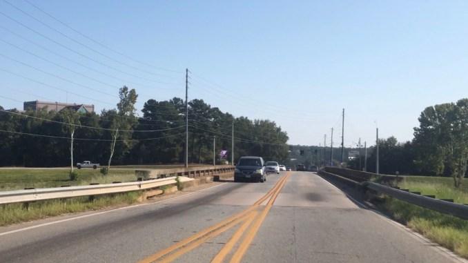 Photo of Bass Road bridge over I-75 (Macon-Bibb County photo)