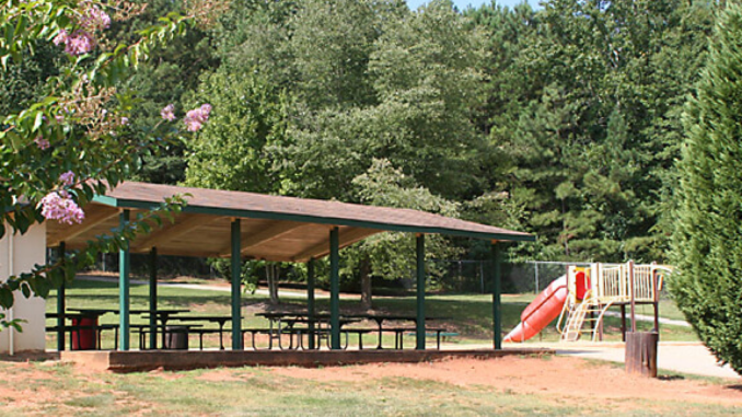 Photo of pavilion and playground at Mickie D. Cochran Park in Stockbridge (Visit Henry County photo)