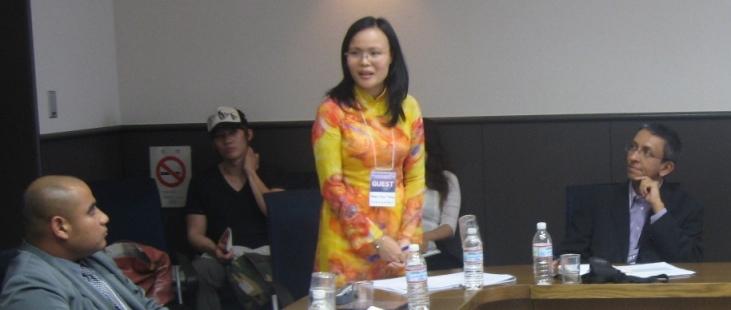 Pham Thuy Trang speaks in Tokyo