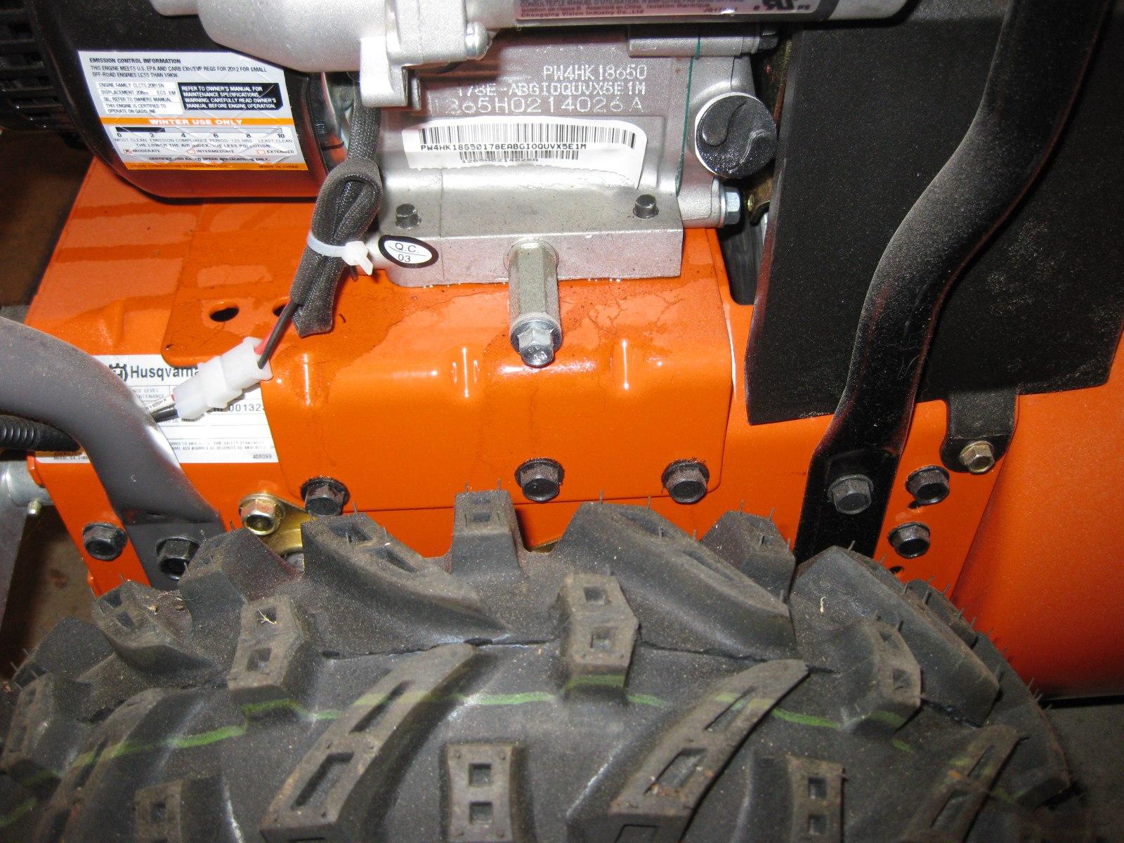 Husqvarna Snow Blowers Shaft Drive : Changing the oil wheel maintenance drive shaft
