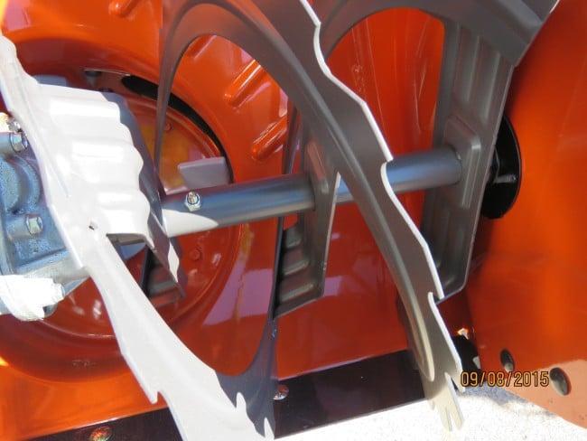 Husqvarna ST327P open flight auger.