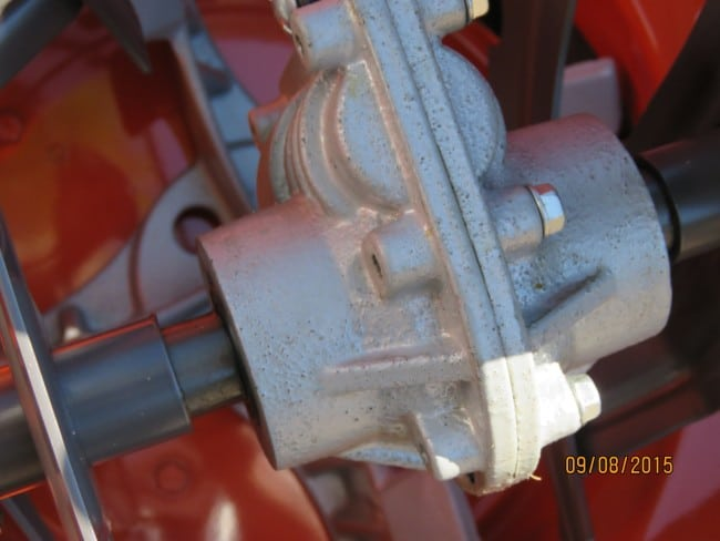 Husqvarna ST327P Cast Iron GearBox