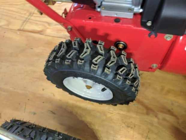 Troy-bilt 2410 tires