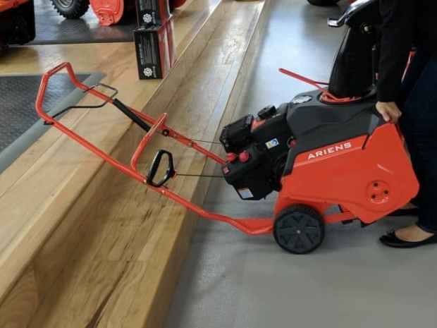 2017 Ariens Snow Blower Review – What's New – Which One Is Best For You? 43
