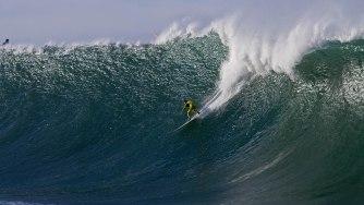 Mavericks, une des plus grosses et dangereuses vagues du monde