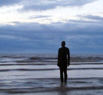 Antony Gormley – Another Place, 100 sculptures sur une plage