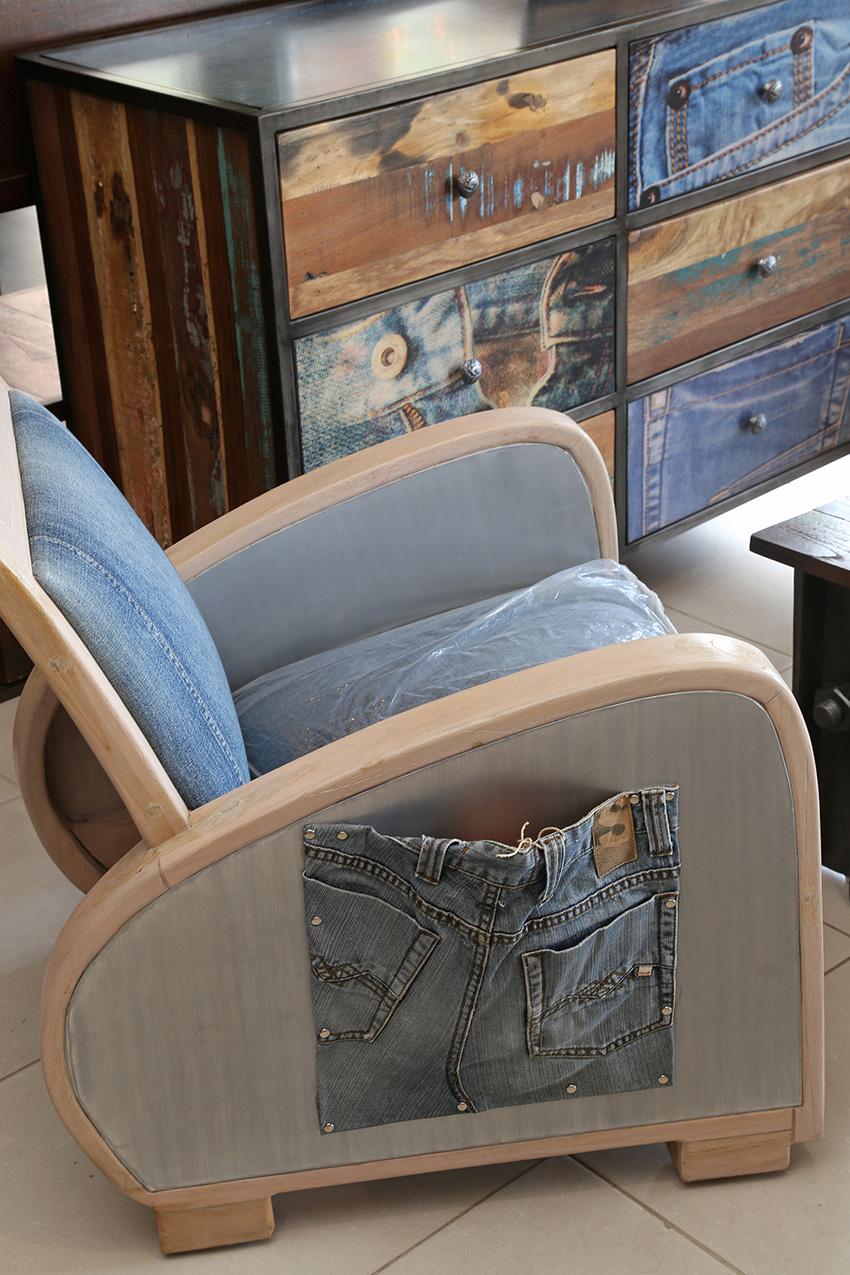 maisons d 39 ailleurs des univers magiques moving tahiti. Black Bedroom Furniture Sets. Home Design Ideas