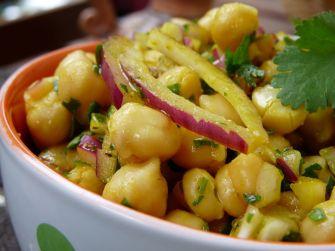 Une salade de pois chiche