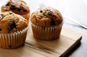 La bonne cuisine d'Evy avec les muffins à la banane et aux pépites de chocolat