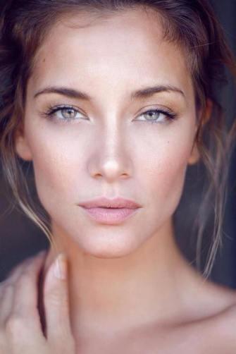Le dewy makeup par Teura. A