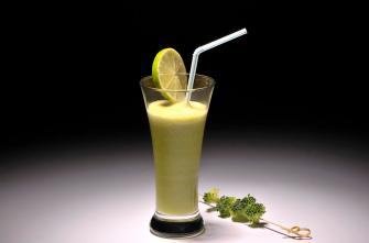 Cocktail détox : brocoli, concombre et citron vert