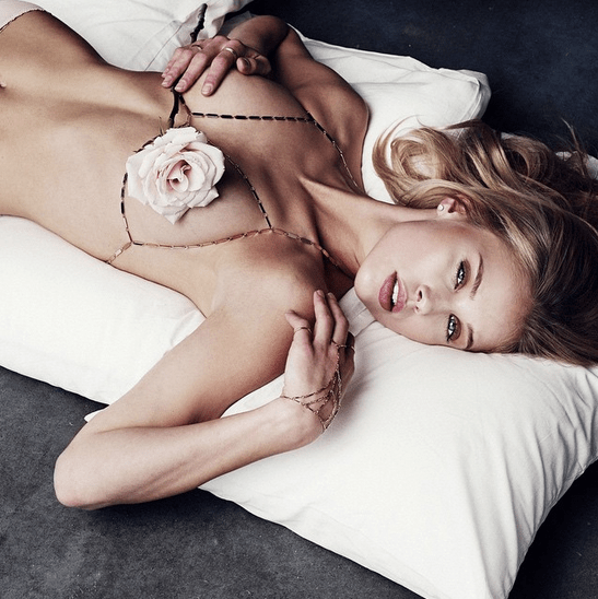 Lili Claspe 04