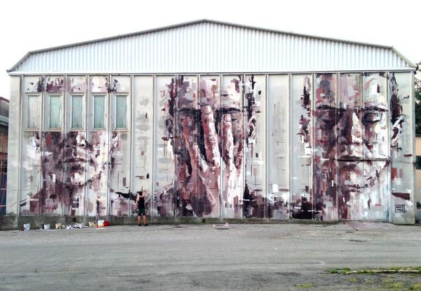 3-visages-sur-Hangar