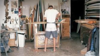 Une planche de surf en bois de palette par Donald Brink