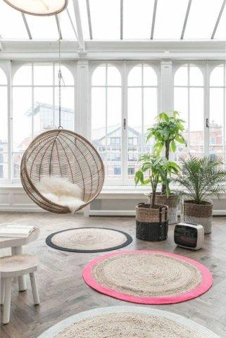 chouette-balancoire-formidable-idee-fauteuil-en-rotin-meubles-rotin-salle-se-sejour-ou-balcon