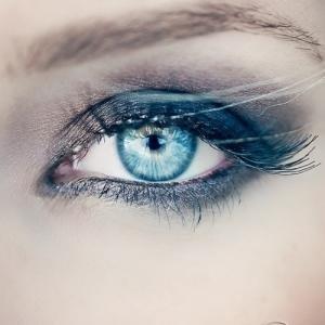 osez-le-bleu-sur-vos-yeux-21